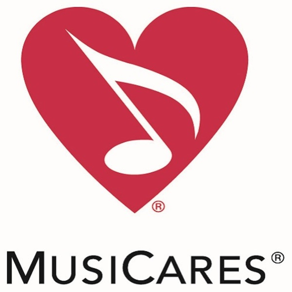 Click to view 13th Annual MusiCares MAP Fund Benefit Concert in New York.