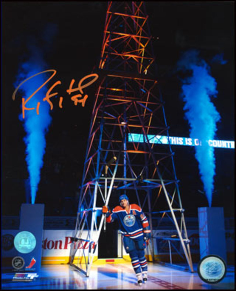 RYAN SMYTH Edmonton Oilers Autographed 16x20 Return to Oil Country Photo