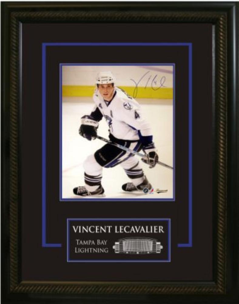 Vincent Lecavalier - Signed & Framed 16x20 Etched Mat - Lightning White Action