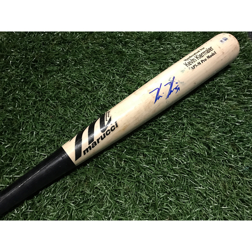 Photo of Game-Used Autographed Broken Bat: Kevin Kiermaier