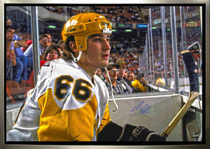 Mario Lemieux - Signed & Framed Pittsburgh Penguins 24x35 Canvas