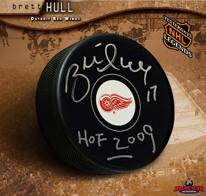 BRETT HULL Signed Detroit Red Wings Puck with