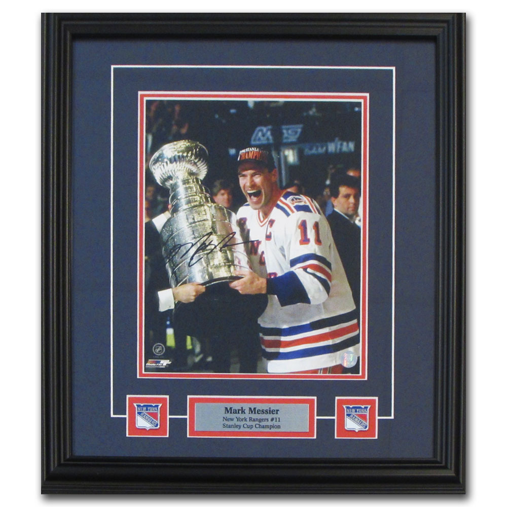 Mark Messier Autographed New York Rangers Framed 8X10 Photo