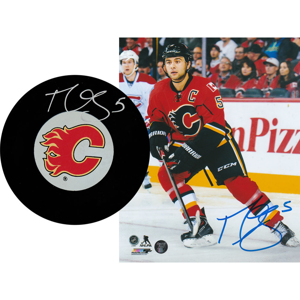 Mark Giordano Autographed Calgary Flames Combo Lot - 8X10 Photo & Puck