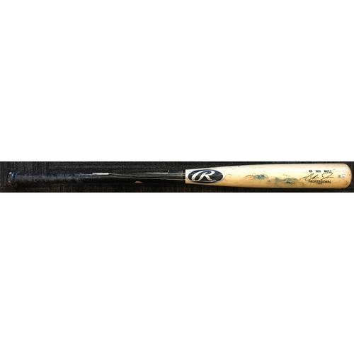 Photo of Chris Davis - Broken Bat: Game-Used