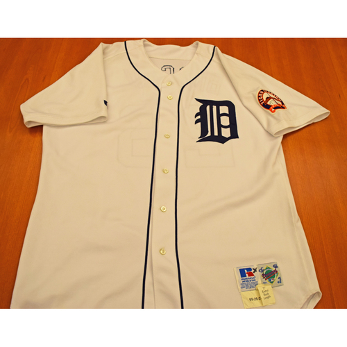 Photo of Doug Brocail Detroit Tigers 1999 Final Season at Tiger Stadium Game Worn Jersey - Not Authenticated by MLB