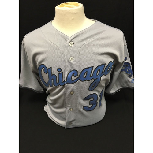 Photo of White Sox Charities: Alex Avila Game-Used 2016 Father's Day Jersey