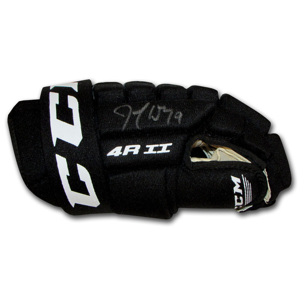 Joe Thornton Autographed CCM Hockey Glove (San Jose Sharks)
