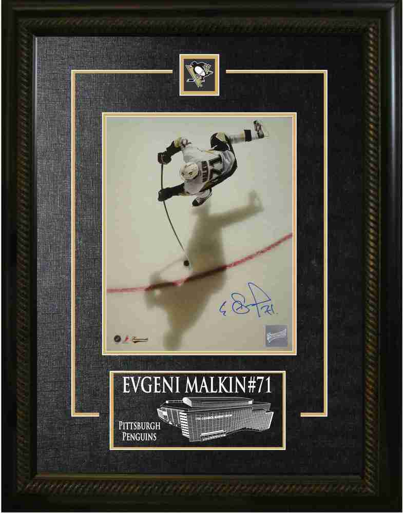 Evgeni Malkin - Signed & Framed 8x10 Etched Mat - Pittsburgh Penguins Overhead Shadow