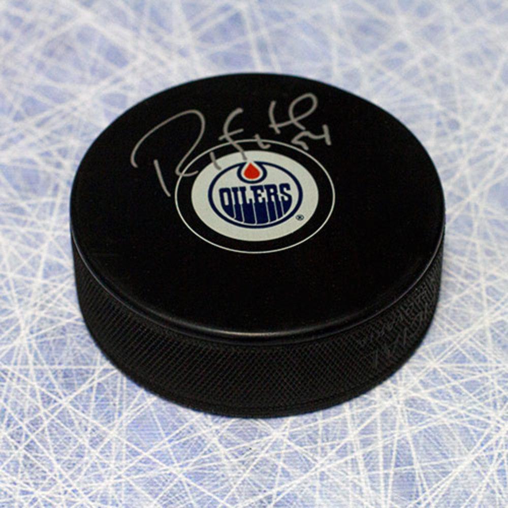 Ryan Smyth Edmonton Oilers Autographed Hockey Puck