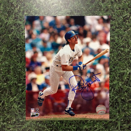 "Photo of Robin Yount Autographed 8"" x 10"" Photo"