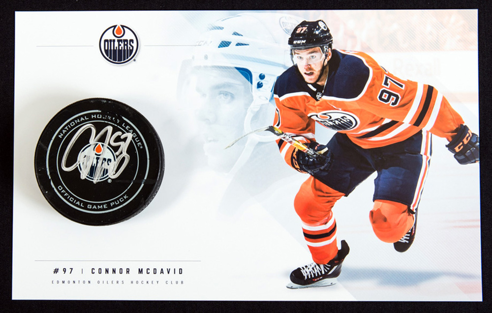 Connor McDavid #97 - 57th NHL Career Regular Season Edmonton Oilers Goal Puck Scored On November 30th, 2017 vs Toronto (11th Of Season) - Includes Bonus Team Issued Oversized Player Card