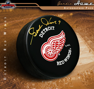 GORDIE HOWE Signed Detroit Red Wings Puck