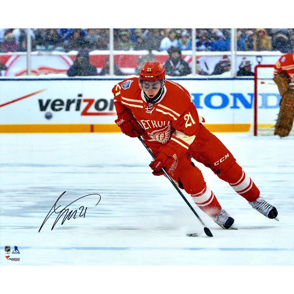 Tomas Tatar Detroit Red Wings Autographed 16