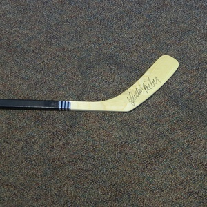 Flyers Charities Stick Auction: Justin Bieber Signed Philadelphia Flyers Stick
