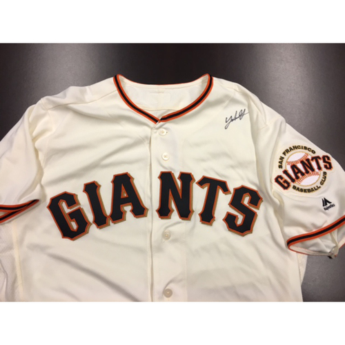 Photo of Giants End of Year Auction: Johnny Cueto Autographed Jersey