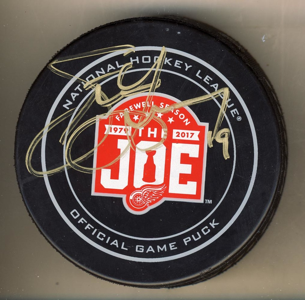 Steve Yzerman Detroit Red Wings Autographed Farewell Season Joe Louis Arena Official Game Puck *Autograph Slightly Streaky*
