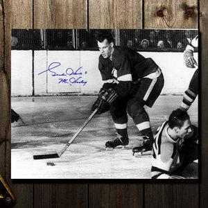 Gordie Howe Detroit Red Wings Mr. Hockey Autographed 16x20