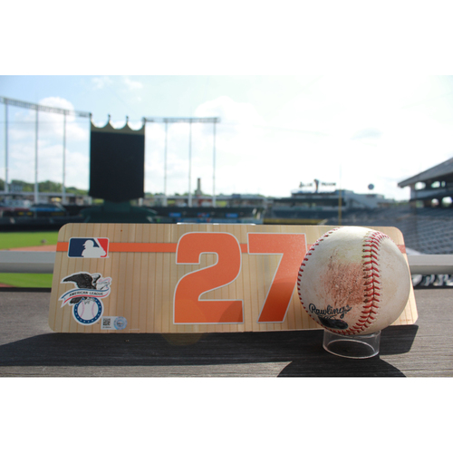Photo of Game-Used Baseball: Jose Altuve Single and Locker Name Plate (6/6/17 HOU @ KC)