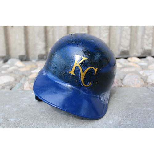 Photo of Game-Used Gold Helmet: Melky Cabrera (Size 7 5/8 - ARI at KC - 9/29/17)