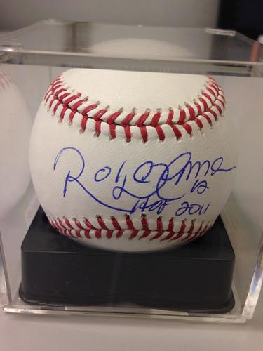 Photo of Baseball Assistance Team: Roberto Alomar Autographed Baseball