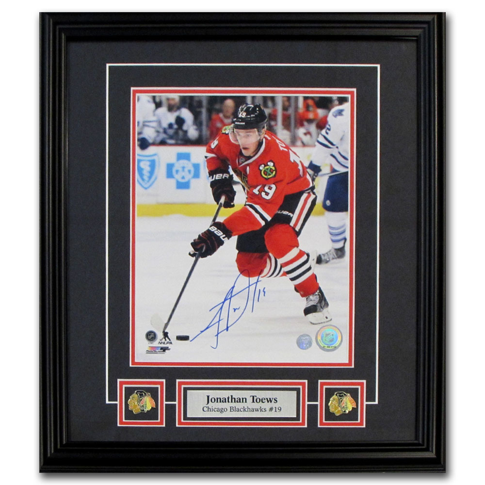 Jonathan Toews Autographed Chicago Blackhawks 2015 Stanley Cup Framed 8X10 Photo