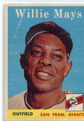 Photo of 1958 Topps #5 Willie Mays -- Hall of Famer