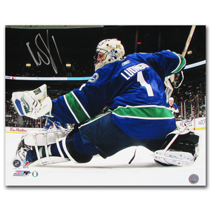 Roberto Luongo Autographed Vancouver Canucks 16X20 Photo