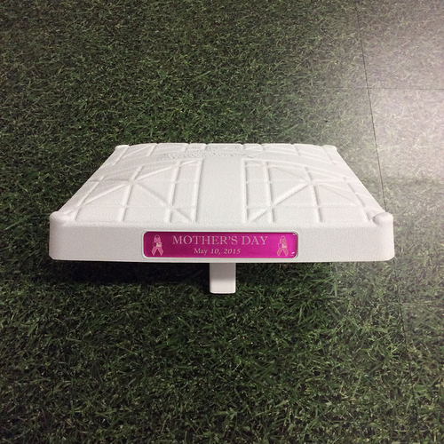 Team-Issued Mother's Day Base - 05/10/15 - CHC@MIL