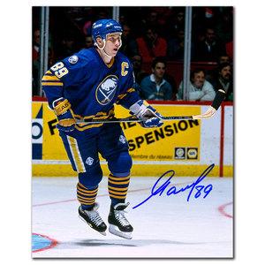 Alexander Mogilny Buffalo Sabres BREAKOUT Autographed 8x10