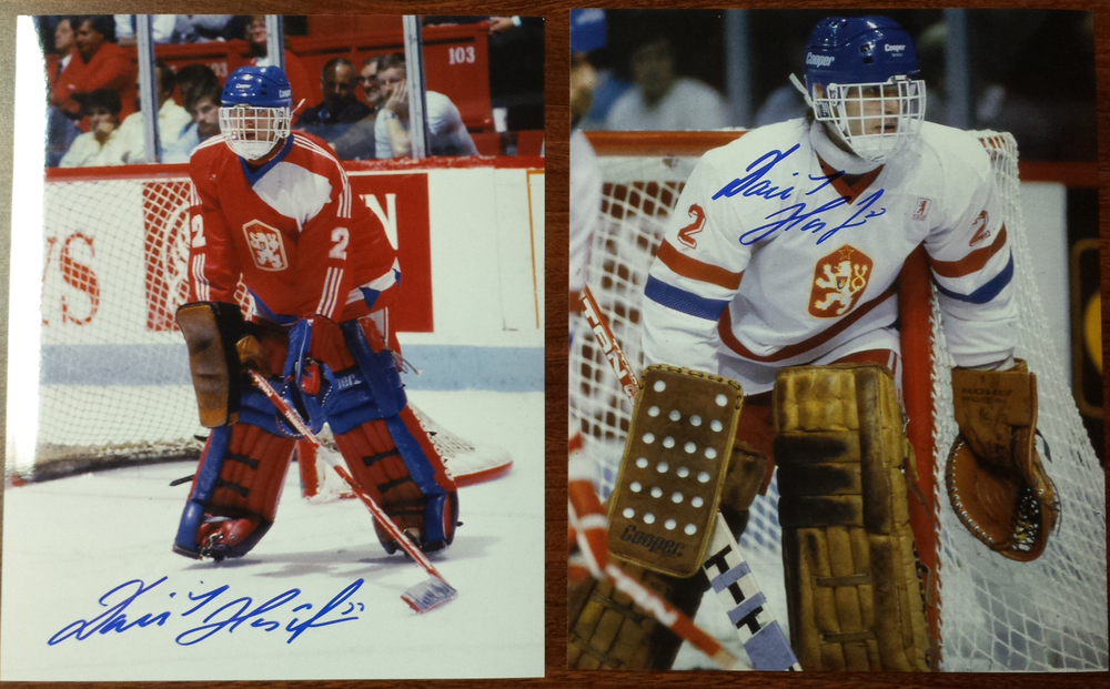 Dominik Hasek Autographed young vintage International hockey 8x10 photos
