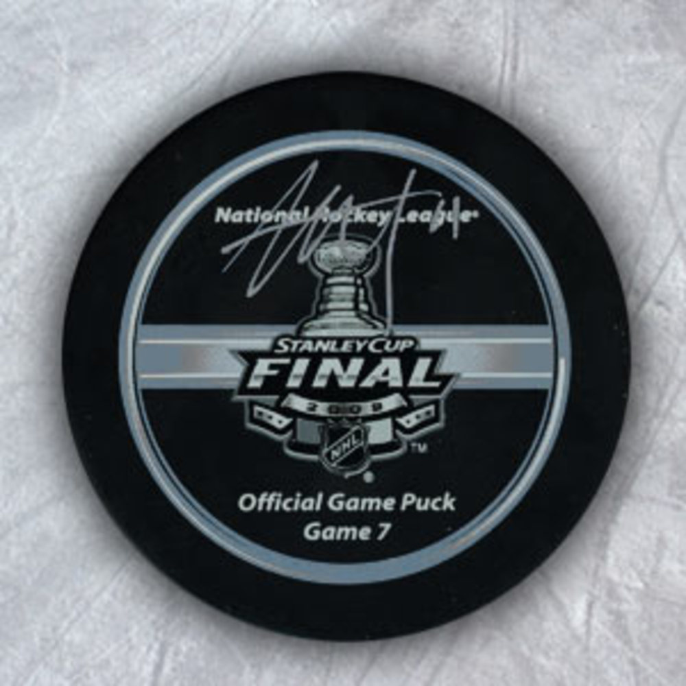 Jordan Staal Pittsburgh Penguins Signed 2009 Stanley Cup Official Game 7 Puck