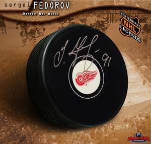 SERGEI FEDOROV Detroit Red Wings Puck