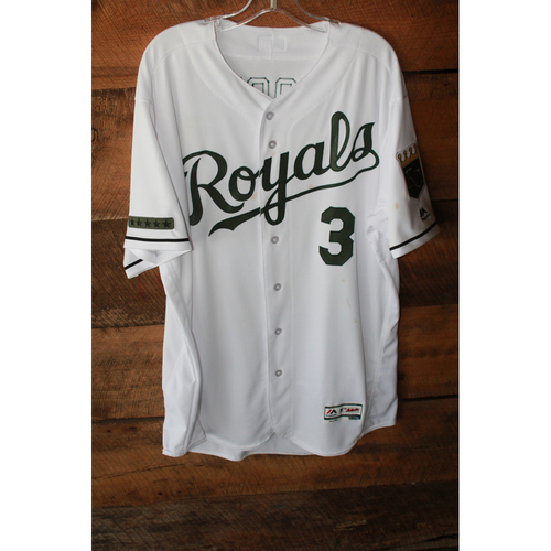 Photo of Game-Used Jersey: Ned Yost (5/29/17 - DET at KC - Size 50)