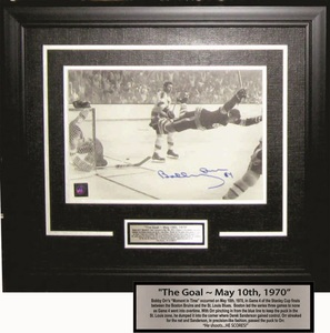 Bobby Orr - Signed & Framed 7x11 Etched Mat - The Goal B&W