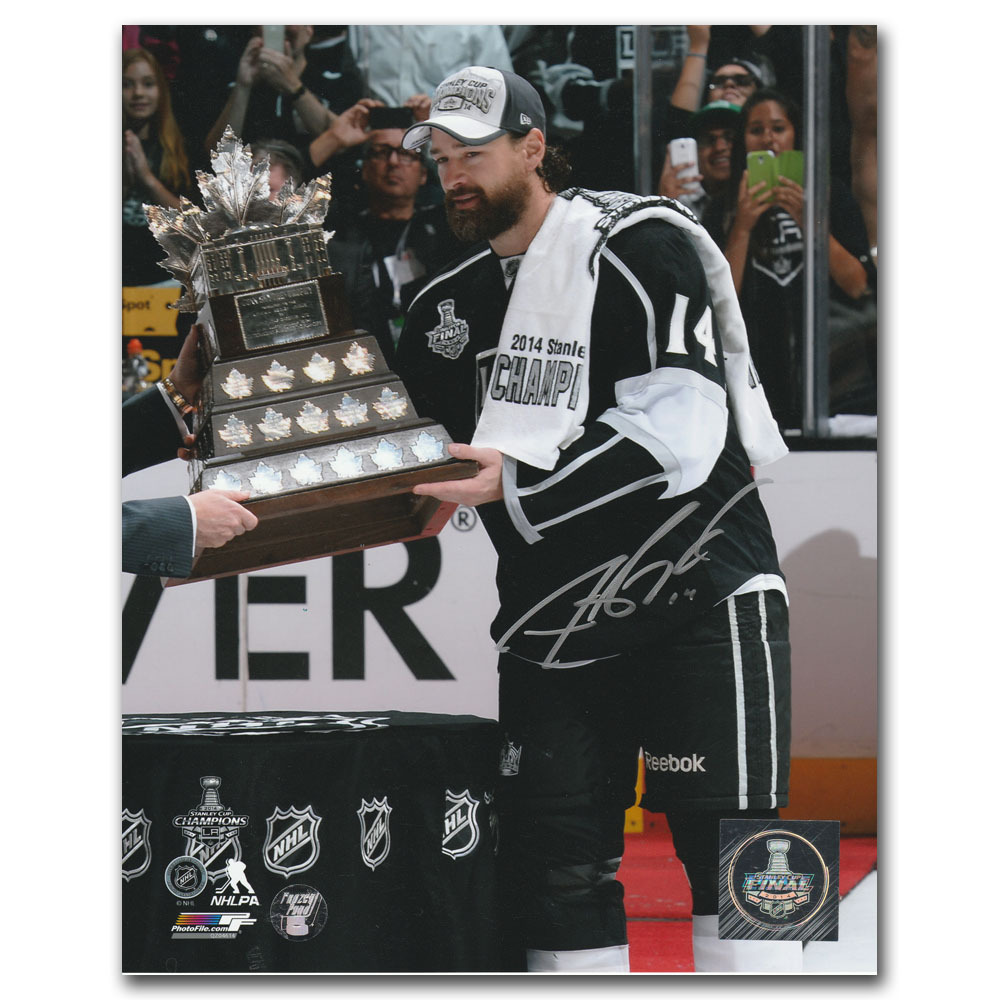 Justin Williams Autographed 2014 Conn Smythe Trophy 8X10 Photo