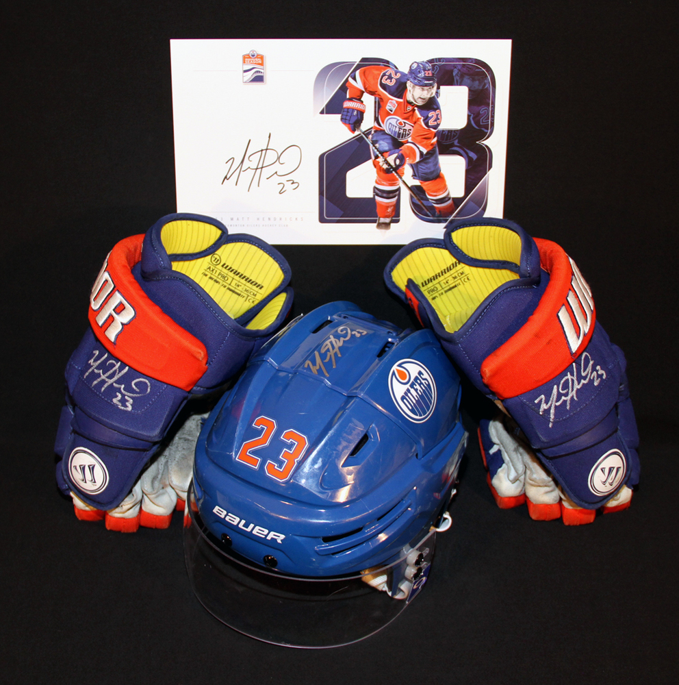 Matt Hendricks #23 - Autographed 2015-16 (2nd Half) Edmonton Oilers Game Worn Royal Blue Bauer RE-AKT Helmet & 2016-17 Warrior AX1 Hockey Gloves - Includes Bonus Autographed Player Card!