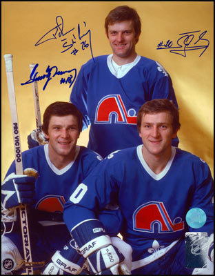 STASTNY BROTHERS Quebec Nordiques TRIPLE-SIGNED 8x10 Photo