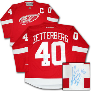 Henrik Zetterberg Autographed Detroit Red Wings Jersey