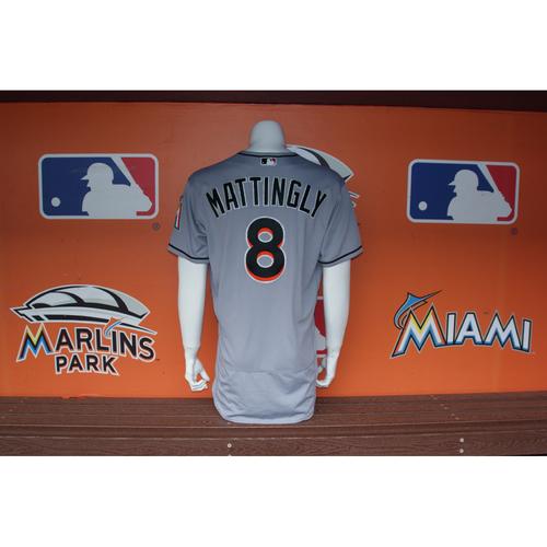 Photo of Don Mattingly Jersey from Ichiro Suzuki's 3,000 MLB Career Hit Game