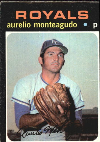 Photo of 1971 Topps #129 Aurelio Monteagudo