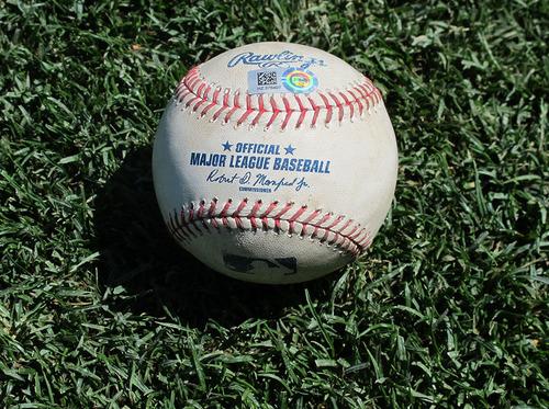 'Photo of Kole Calhoun Single Baseball - HZ 865274' from the web at 'http://vafloc02.s3.amazonaws.com/isyn/images/f134/img-483134-m.jpg'