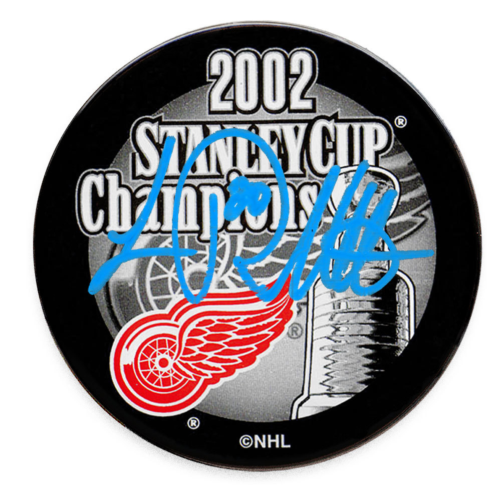 Luc Robitaille Detroit Red Wings 2002 Stanley Cup Champions Autographed Puck