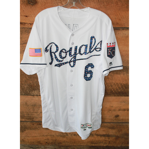 Photo of Game-Used Jersey: Lorenzo Cain (7/2/17 - MIN at KC - Size 46)