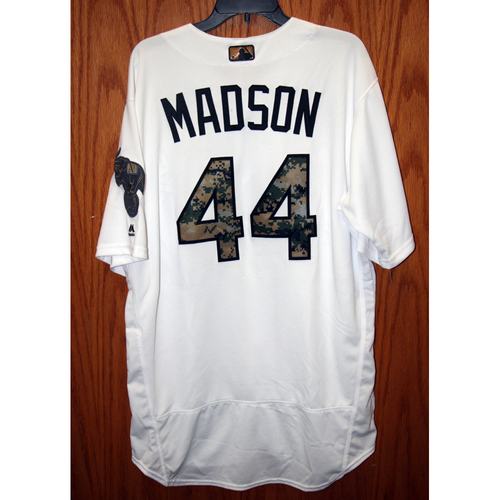 Photo of Ryan Madson Game-Used 2016 Memorial Day Jersey