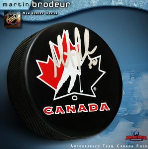 MARTIN BRODEUR Signed Team Canada Logo Puck