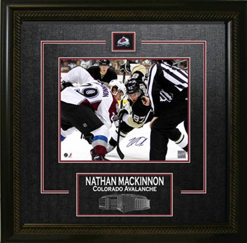 Nathan Mackinnon - Signed & Framed 8x10 Etched Mat - Coloardo Avalanche vs Crosby