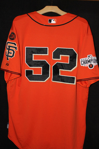 Photo of San Francisco Giants Yusmiero Petit Game-Used Orange Jersey - October 2nd, 2015 vs. the Colorado Rockies