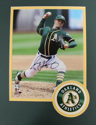 Photo of Sonny Gray Autographed Photo w/ Matted Frame