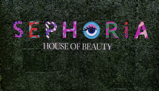 SEPHORiA BEAUTY EVENT VIP PASSES + $200 GIFT CARDS - PACKAGE 1 of 2